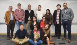 Grupo de estudiantes del curso de Gestión de Activos según ISO 55000 ofrecido por el Departamento de Ingeniería Mecánica